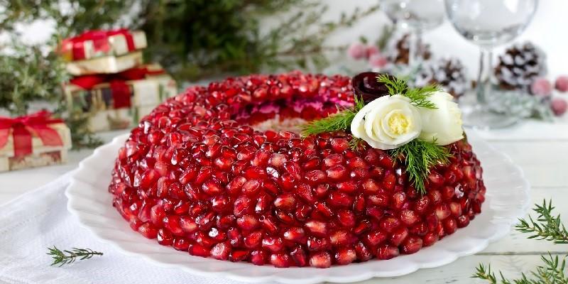 Красивые новогодние салаты: удивите гостей мастерством и фантазией
