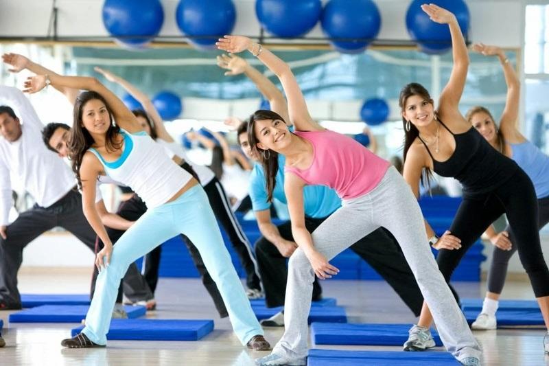Ñамые полезные утренние упражнениÑ