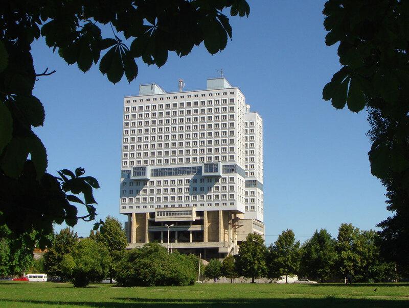 Без башни: «закопанный робот», НЛО и другие технологичные здания СССР жизнь,история,тайны,факты