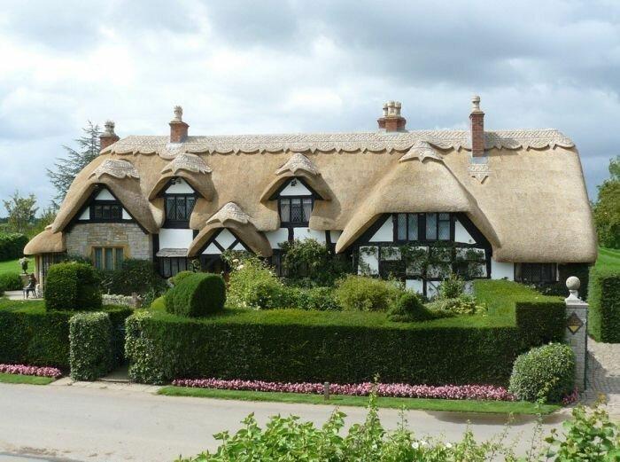 Сказочные домики с крышей из соломы Материалы, Фабрика идей, интересное, красиво, крыши, необычное, стройка