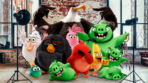 Angry Birds спасают Новый год!