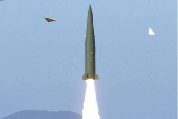 """""""Кимскандер"""". Откуда у северокорейцев новый ОТРК, очень похожий на """"Искандер""""? геополитика,оружие"""