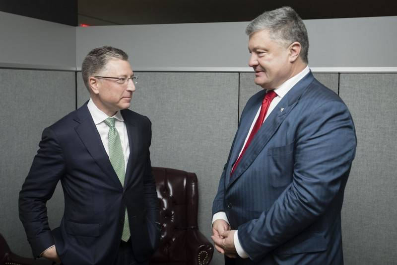 В Киев с визитом прибыл спецпредставитель Госдепа США Курт Волкер