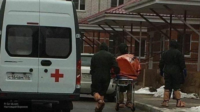 Воронежские врачи доставили двух людей в больницу с подозрением на коронавирус
