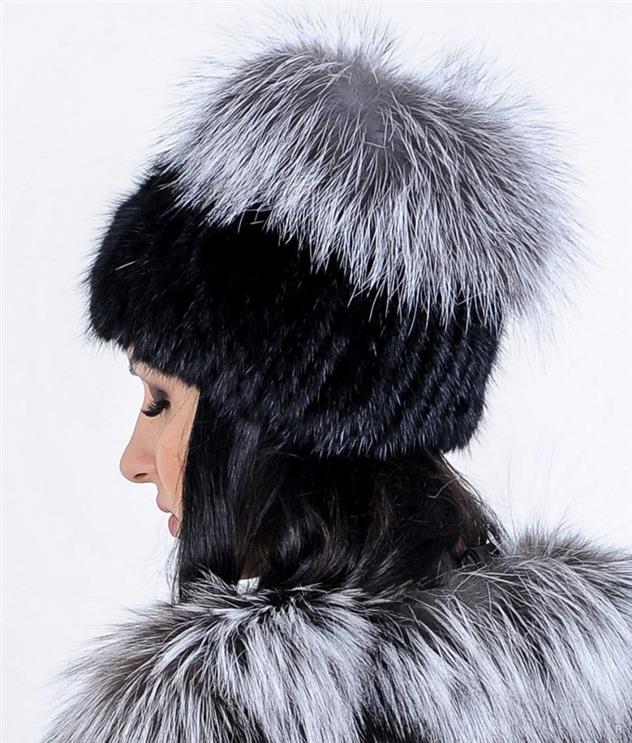 Мода 2019-2020 года: какие головные уборы в моде осенью и зимой