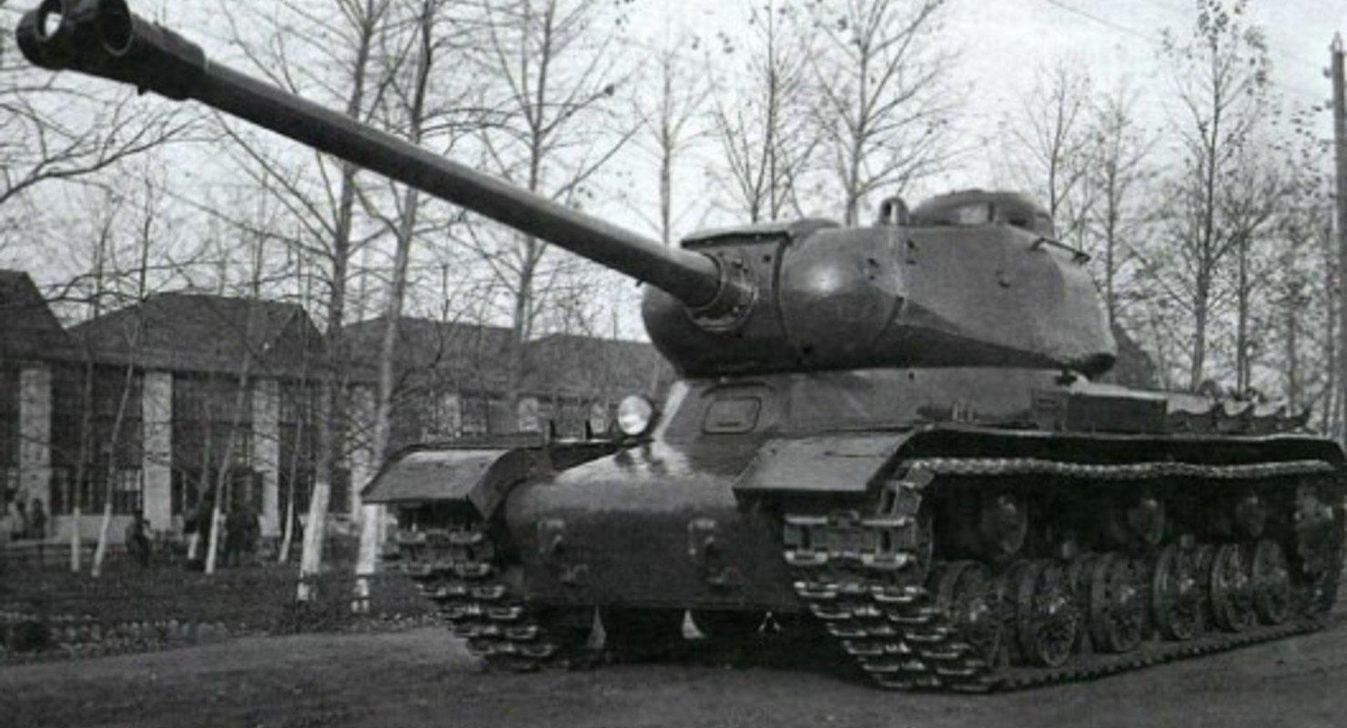 Танк ИС-2 отлично справлялся с «Королевским Тиграм» Автомобили
