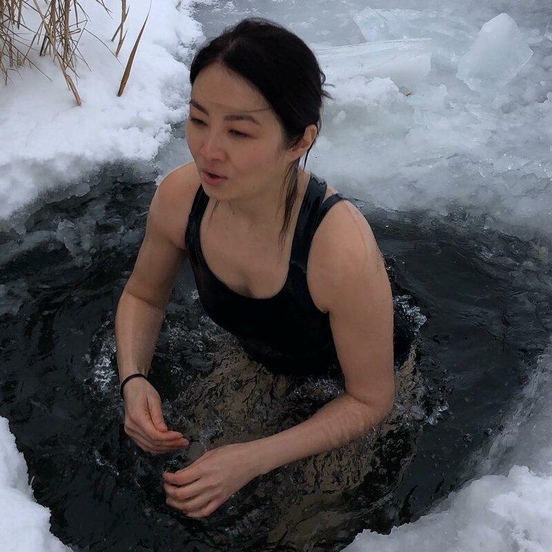 Не дождались Крещения: девушки, которые уже нырнули