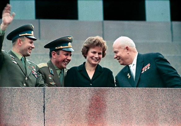 Юрий Гагарин, Павел Попович, Валентина Терешкова и Никита Хрущев. Фото: wikipedia.org