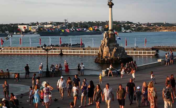 Немцам не советуют отдыхать в Крыму, пока он русский