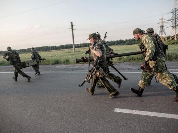 Масштабный удар по всей линии фронта в Донбассе, такого от своих не ждал никто
