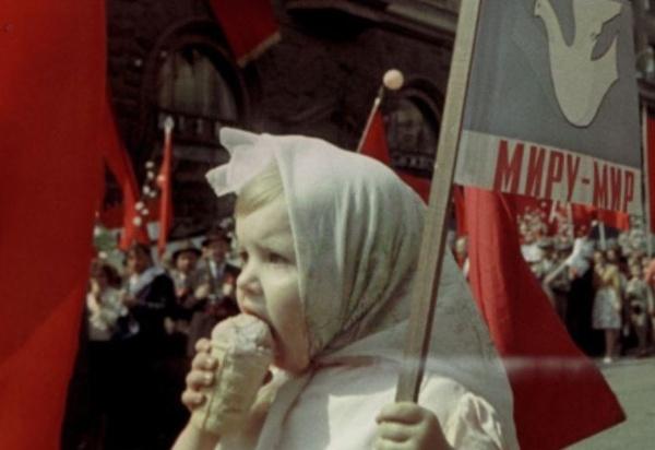 Глава ВЦИОМ рассказал о желании россиян жить в восстановленном СССР без «железного занавеса»