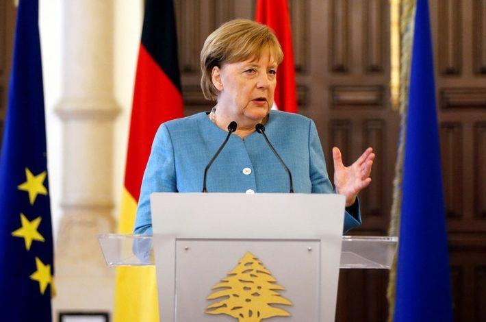Опрос: 43% немцев высказалис…