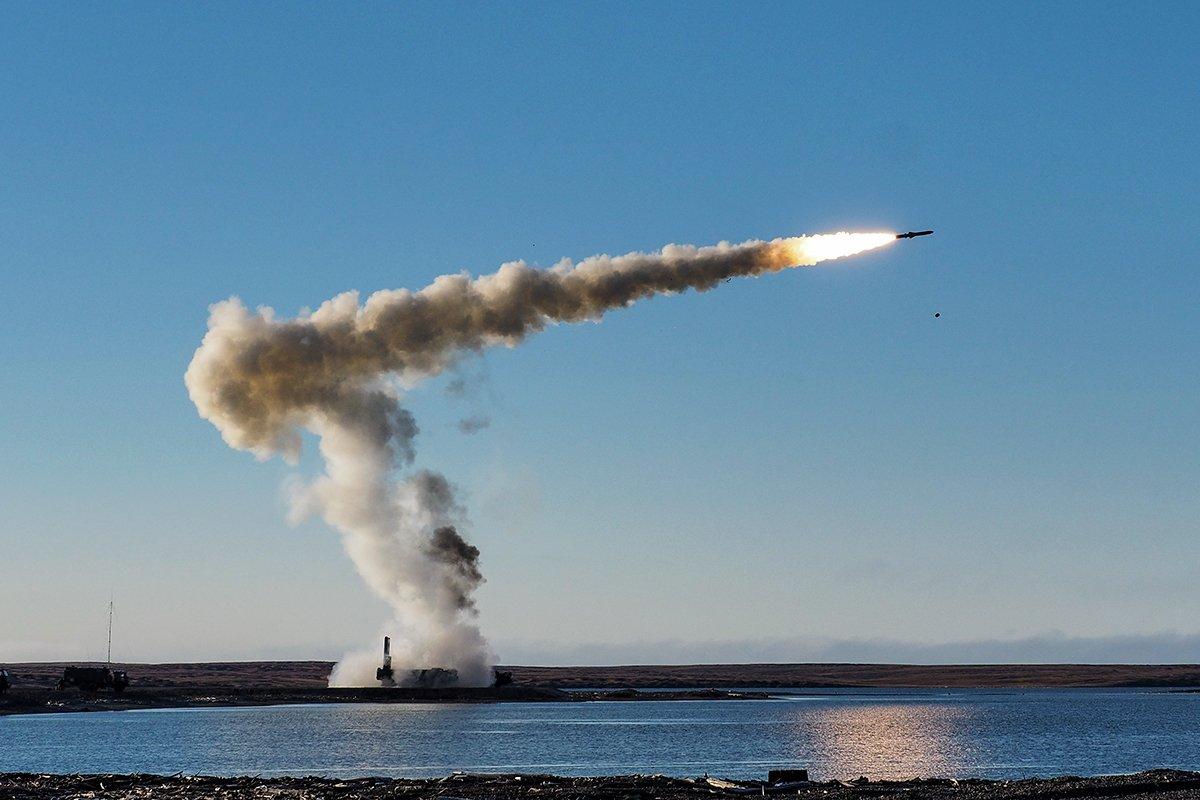 """Береговые ракетные комплексы """"Бастион"""". Источник изображения:"""