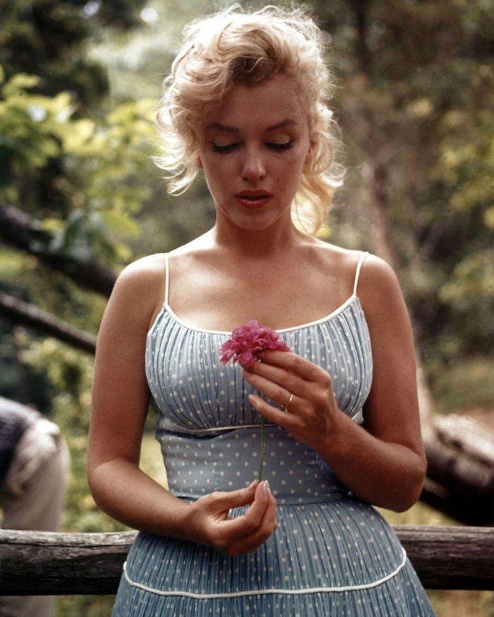 12. Мэрилин Монро Instagram, звезды, знаменитости, знаменитости в молодости, известные, редкие фото, селебрити, старые фото