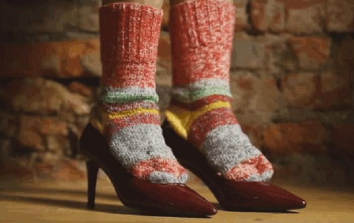 Чтобы разносить обувь, в ней нужно ходить, а не сидеть / Фото: obuv.expert
