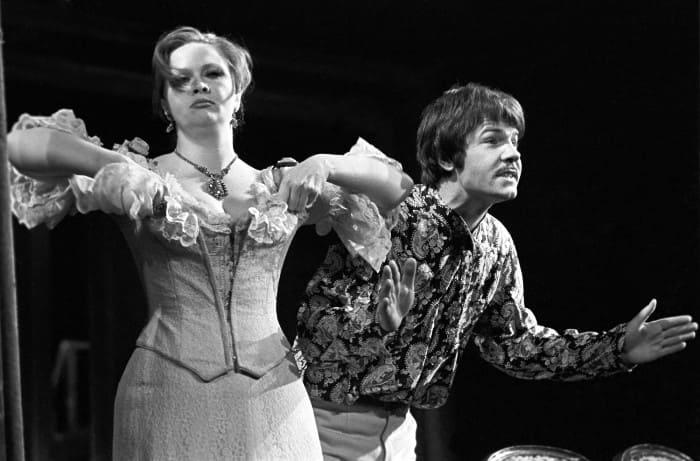 Наталья Гундарева и Александр Фатюшин в спектакле *Банкрот*, 1978   Фото: gazeta.ru