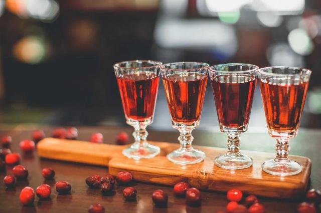 Травы, банка, алкоголь. Простые рецепты вкусных осенних настоек напитки,напитки алкогольные,настойки,рецепты