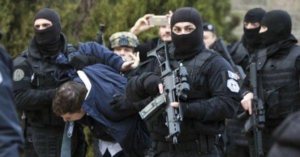 Сербы вышли на улицы и строят баррикады: Глава Сербии выступил на экстренном заседании СБ ООН