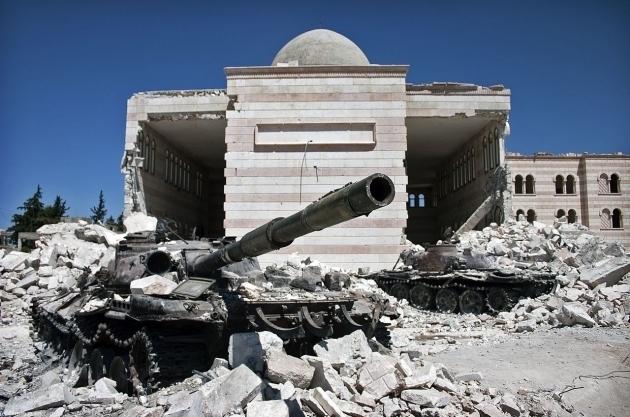 Решающая битва за Дейр-эз-Зор: подготовка сторон попала на видео