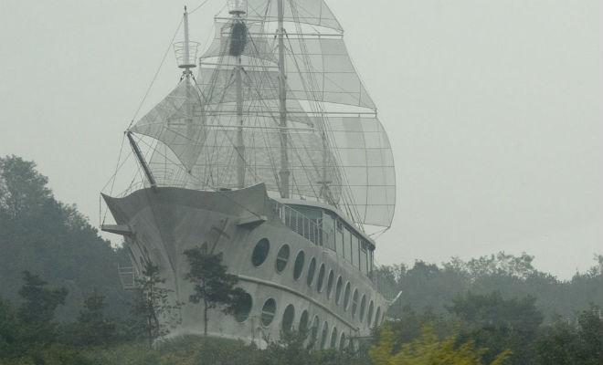 Корабли из железобетона: держались на воде вопреки физике
