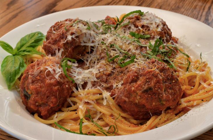 5 блюд, которым томатный соус идет на пользу