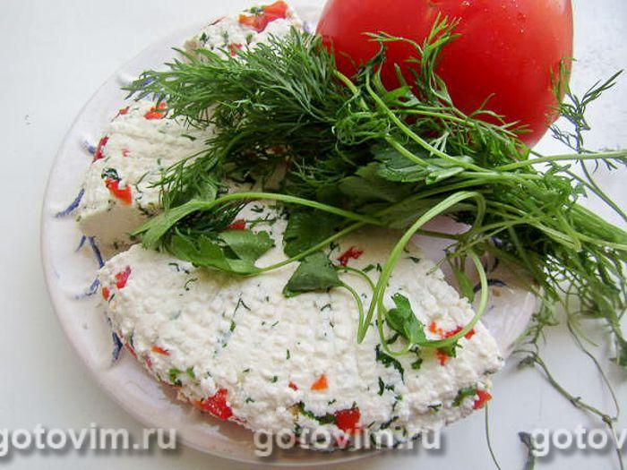 Адыгейский сыр с перцем и зеленью в домашних условиях