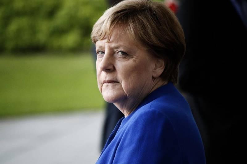 Меркель: А если Путин поступит с нашими кораблями также, как с украинскими?