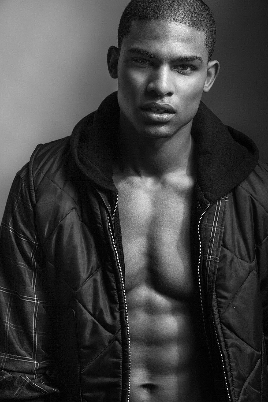 нас темнокожие модели мужчины фото екатерины день