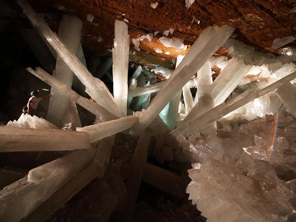 20 потрясающих фотографий пещер