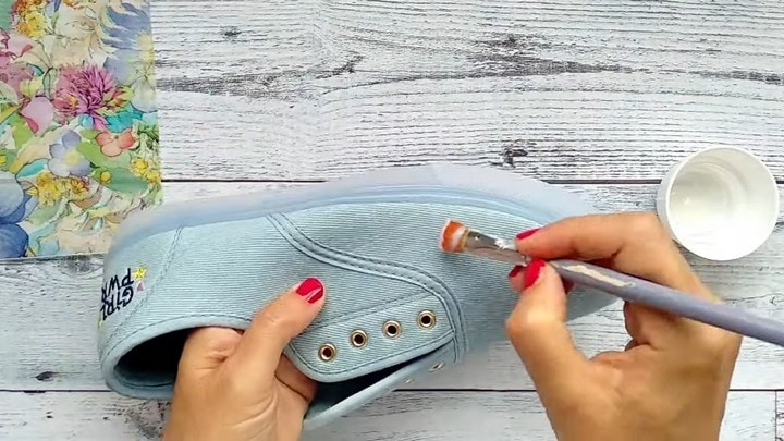 Как сделать обувь эксклюзивной гардероб,красота,мода,мода и красота,модные образы,модные советы,модные тенденции,обувь,стиль,стиль жизни,уличная мода