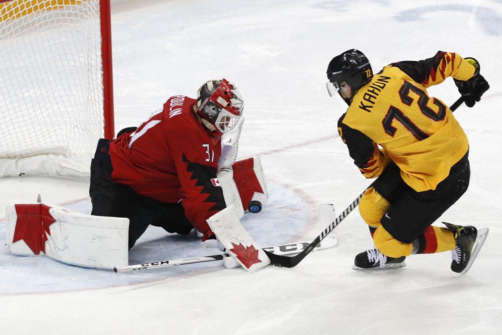В хоккейном финале Олимпиады…