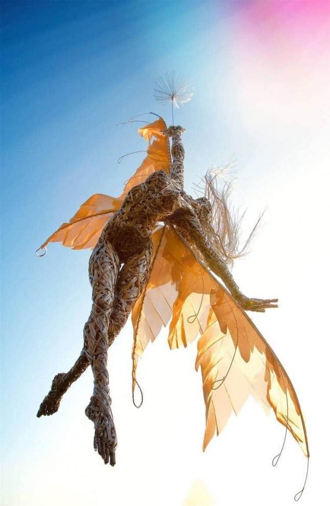 Романтичные проволочные феи британского скульптора Робина Уайта