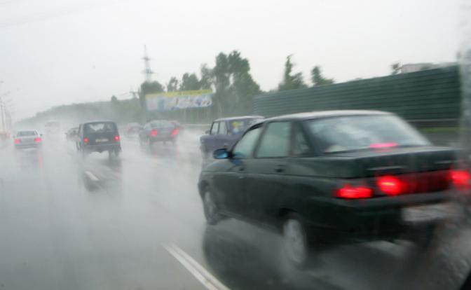 6 советов по езде в дождь