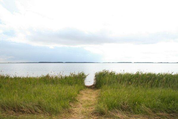 Вид на озеро Горькое