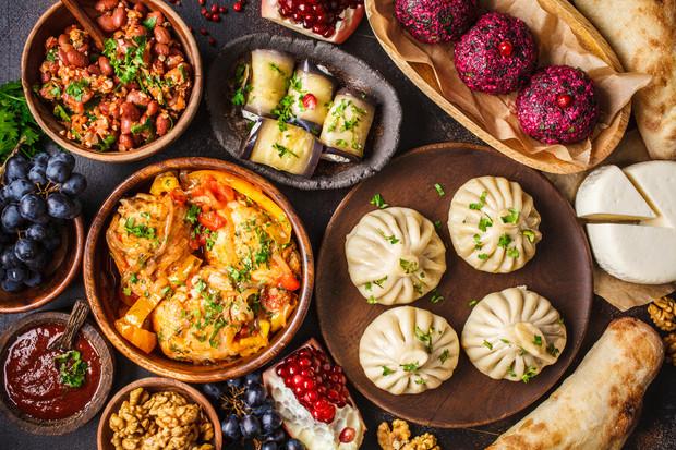 Хинкали, сациви, пхали: 3 лучших рецепта грузинских блюд готовим дома,кулинария