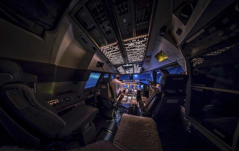На боевом посту вид из кабины пилота, красиво, летчик, небо над нами, путешествия над Землей, фото из самолета, фотограф, фотографии