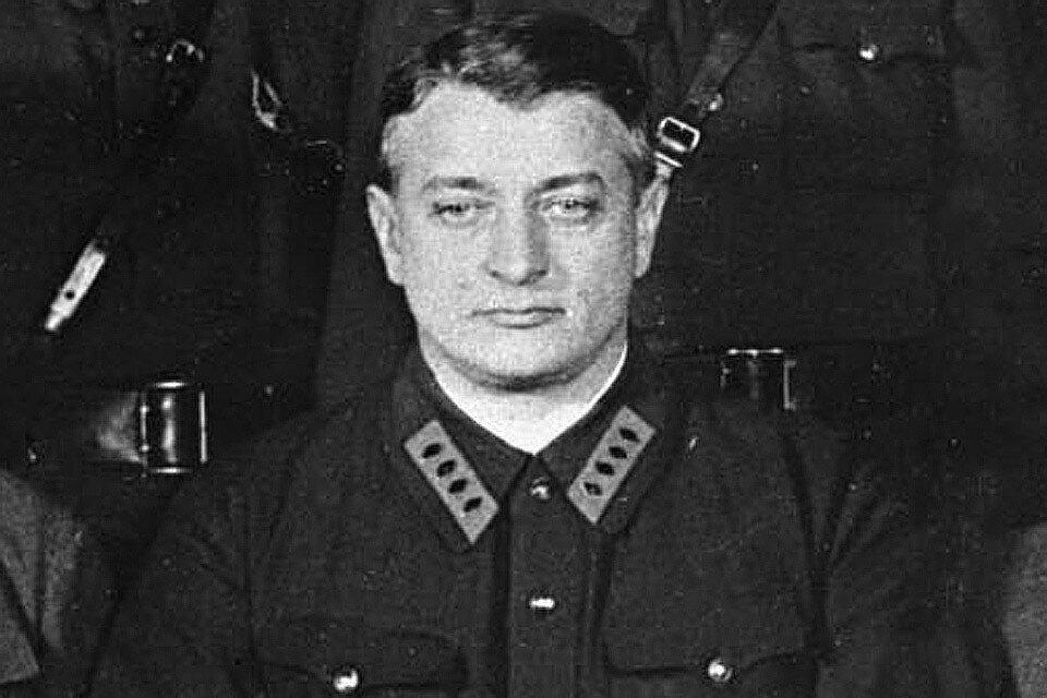 """Маршал Тухачевский: """"Гитлер - спасение для всех нас"""""""