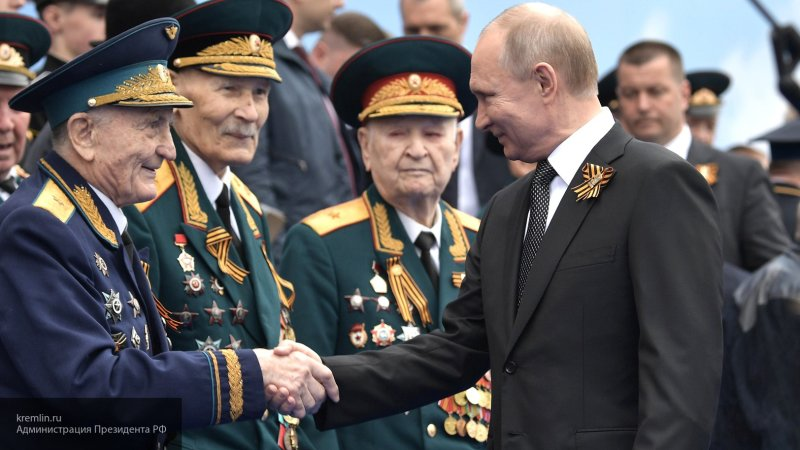 Путин не считает возможным долгое пребывание одного человека у власти