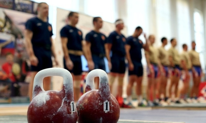 Почему вес гирь для упражнений от 16 до 32 кг