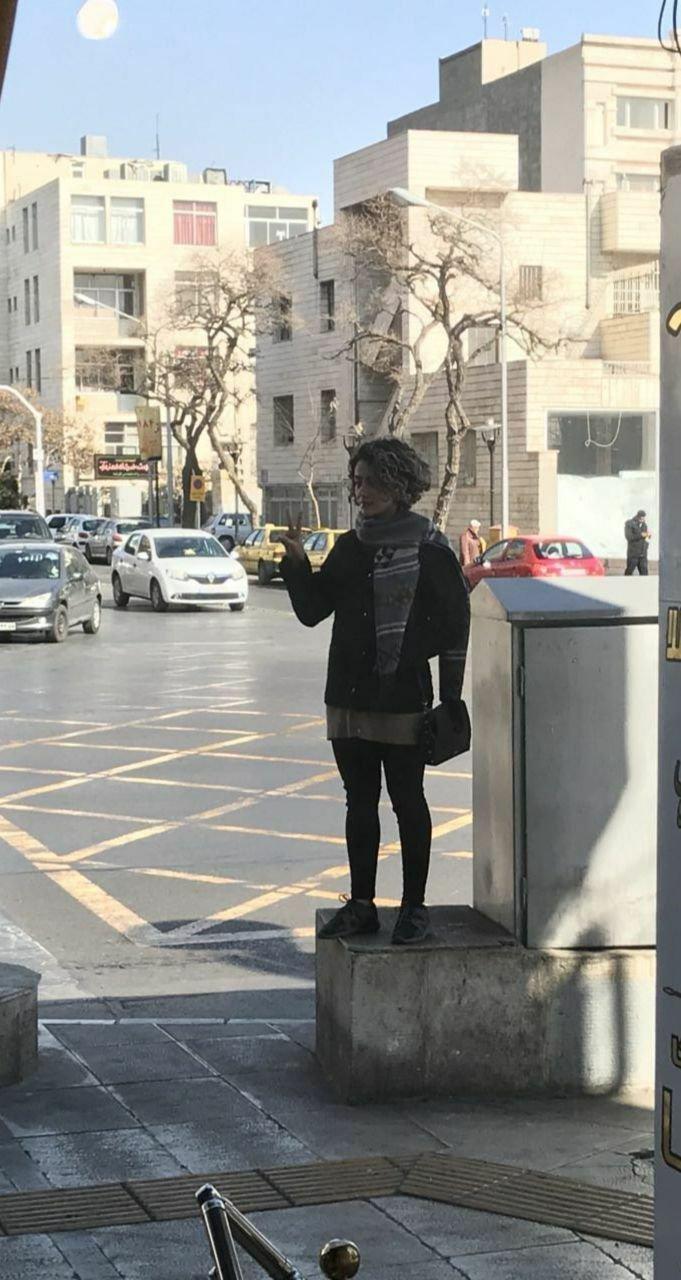 С виду это всего лишь очередная девушка, позирующая для социальных сетей. интересное, интересные снимки, снимки