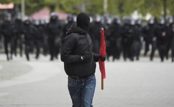 Когда мигранты-убийцы и насильники доконают правительство Меркель
