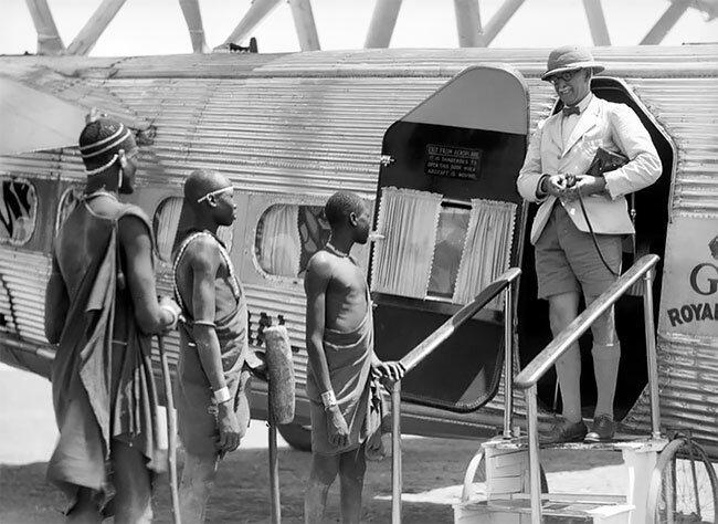 Британский турист прибывает в Судан, Африка, 1936 интересно, исторические кадры, исторические фото, история, ретро фото, старые фото, фото