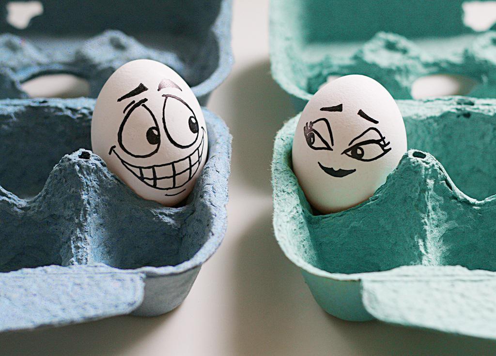 Поздравительная открытка, прикольные картинки на тему яйца