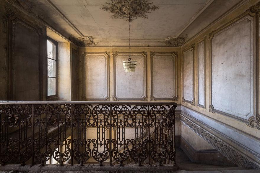 Заброшенная Франция в фотографиях