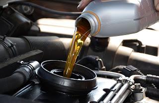 Если не ездить и не менять масло. Деградация масла