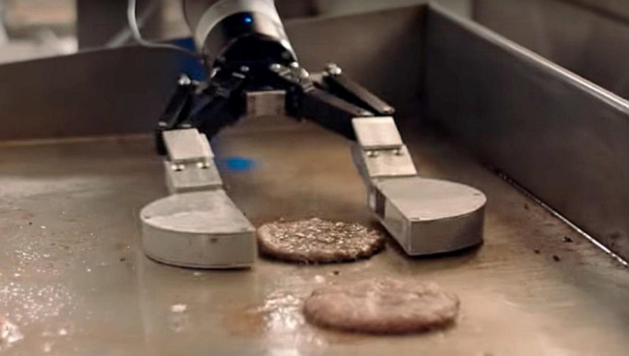 Робот-повар ушел в отпуск (видео)