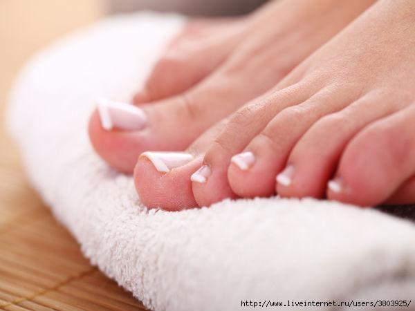 Грибок на ногтях смоет шампунь от перхоти