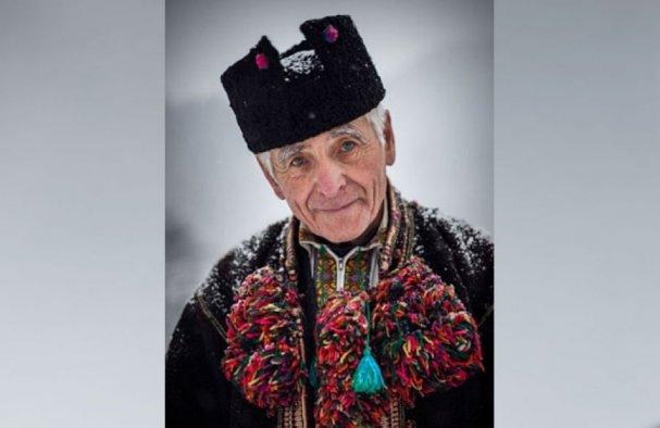 Карпатский колдун предсказал конец войны на Донбассе