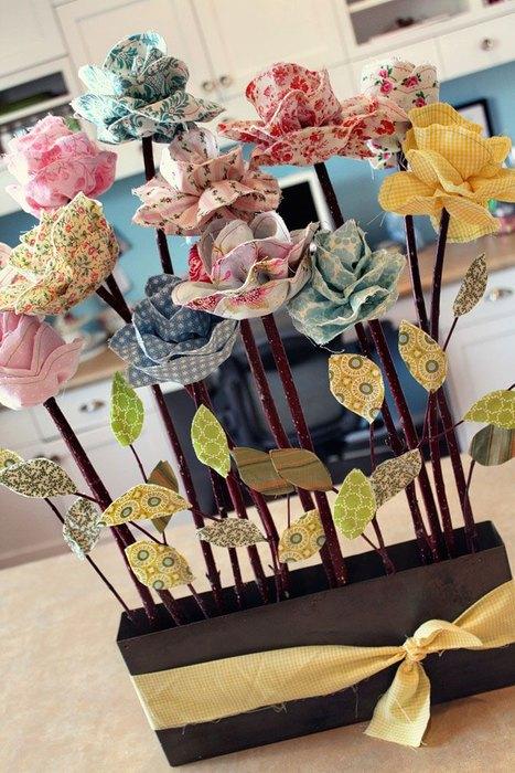 Идея №16: цветочная композиция из ткани