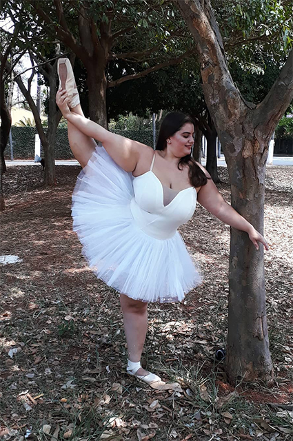 Не только для худых: как живет профессиональная балерина plus-size из Бразилии Хроника